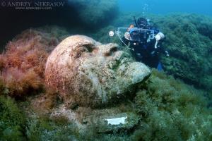 Underwater museum Reddening leaders, Vladimir Ilyich Ulyanov, Lenin, sculpture, Cape Tarhankut, Tarhan Qut, Black sea, Crimea, Ukraine, Eastern Europe